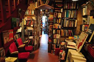 Francia, apoyo a las librerías independientes